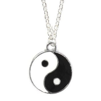 Yin Yang Medal Necklace Silver Tone Black White Tao Pendant NP14 Fashion Jewelry