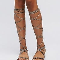 LACE-UP KNEE-HIGH GLADIATOR SANDALS