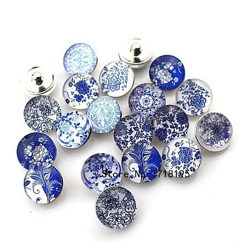 Snap Charms 18mm for Bracelet Necklace DIY Glass Snap Buttons Blue and White Porcelain Design 2017