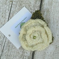 Yorkshire Rose, knitted flower brooch, Rose Flower with Leaf, green pearl bead, for Yorkshire Day, Wedding Flower, handmade in Yorkshire