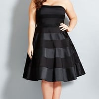 Plus Size Miss Shady Dress - City Chic