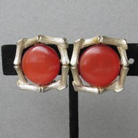 Signed LISNER 1960's Vintage Orange Lucite Thermoset Gold Tone Bamboo Earrings