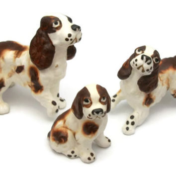Vintage English Springer Spaniel Dog Family Figurines Midcentury Miniature Porcelain Collectibles Knick Knacks - Set of 3 Mother and Puppies