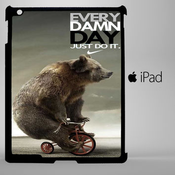Funny Bear Every Damn Day A0364 iPad 2, iPad 3, iPad 4, iPad Mini and iPad Air Cases - iPad