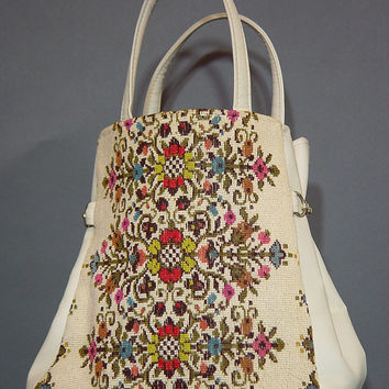 Vintage 60s Cream Carpet Tote 1960s Ivory Vegan Vinyl Faux Tapestry Needlepoint Bag Handbag Pocketbook