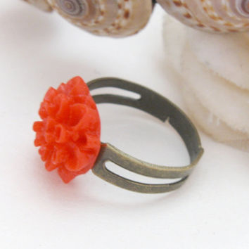 Red flower ring - adjustable bronze ring, resin chrysanthemum blossom