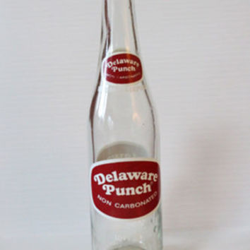 DELAWARE PUNCH Vintage Collectible SODA BOTTLE RETRO 16oz. CLEAR GLASS