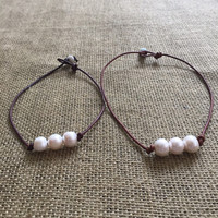 Leather Necklace with 3 Pearls