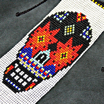 Sugar Skull Bracelet Beaded Skull Bracelet Skull Jewelry Huichol Bracelet Native American Day of the Dead Dia de Los Muertos Mexican Jewelry