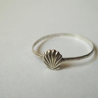 Silver Seashell Ring, Hammered Sterling Silver Ring, Handforged, Seaside, Shell Jewelry, Seashells