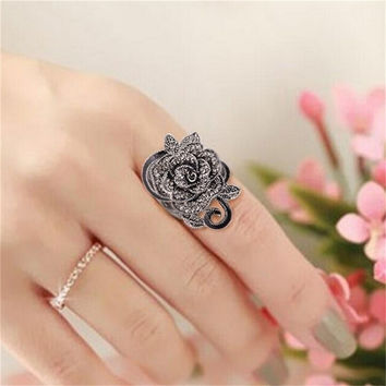 National Wind Ancient Design Women Jewellery Antique Silver Creative Black Vintage Rose Flower Rings for Women SM6