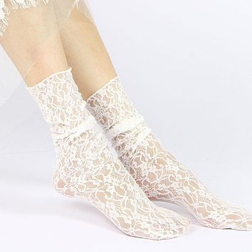 Fashion Women Girls Lace Ankle Loose Socks Hollow Harajuku Lovely Cute Vintage Retro Froral Lady White Princess Wedding summer