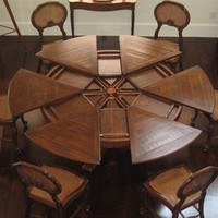 Luxury furniture solid walnut Jupe Dining Table