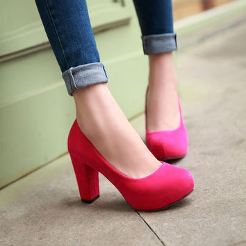 Round Toe Block Heel pumps