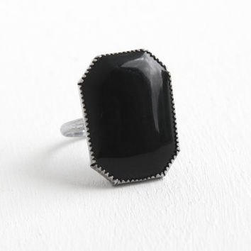 Vintage Art Deco Sterling Silver Simulated Onyx Ring - 1930s Size 4 Statement Black Glass Etched Wheat Design Pinky Ring Jewelry