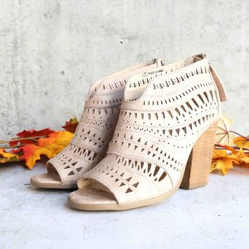 not rated - groove thang bootie - cream