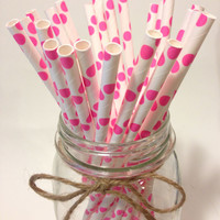 25 Hot Pink Polka Dot paper straws / baby bridal shower decorations / candy dessert buffet table / wedding / First birthday/new year party