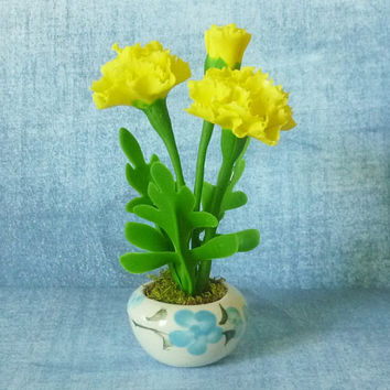 Carnation pot artificial clay flower 4 1/8 inch/Dollhouse miniture /Miniature clay flower pots/ Miniature flower /Dollhouse plants