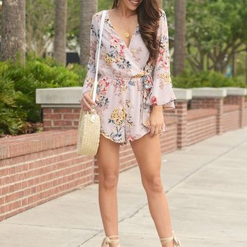 Summertime Babe 3/4 Flare Sleeve Floral print Romper (Misty Pink)