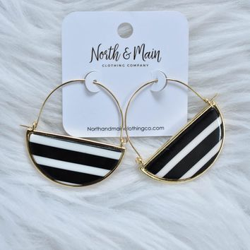 Striped Acetate Dangle Earring, Black/White