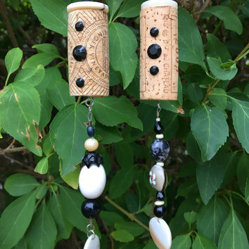 Black White Wine Cork Ornaments, Recycled Corks, Beaded Ornaments, Sun Catcher, Hanging Garden Art, Christmas Ornaments, Repurposed Buttons