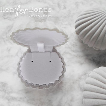 GREY | Flocked Velvet Seashell Ring Box Beach Themed Earring Holder Mermaid Necklace Case Jewelry Packaging Supplies ∙ 1pc