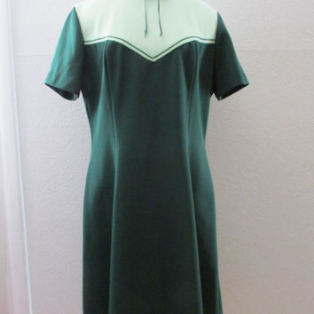 14-0910 Vintage 1960s Green Polyester Scooter Dress / Two Tone Mod Dress / Scooter Dress / Mad Men