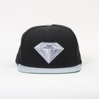 Emblem Snapback Hat in Black/Grey