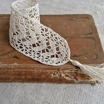 Vintage ivory Bookmark Crochet, Books and Zines, crochet, Handmade, Vintage, Accessories, crochet lace, Women lace, Vintage lace, My Wealth