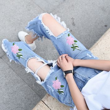 Women's trend jeans, female embroidery flowers, straight cylinder, seven point pants, tassels, pants