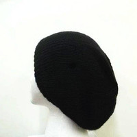 Black knitted slouchy beanie hat   5104