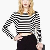 Black and White Stripe Crop T-shirt