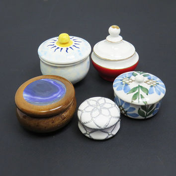 Lot of 5 trinket boxes - jewelry boxes - ring boxes - powder boxes - unique party favors - Instant collection ceramic wood ring boxes