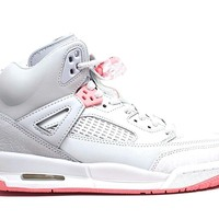 Jordan Spizike Wolf Grey/Sun Blush (Big Kid) (7 M US Big Kid)