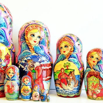 Matryoshka 10pcs 10 inch 25cm Nesting Doll, Russian doll, Russian matryoshka doll, Nested doll, Matrioshka - Three Russian girls kod306