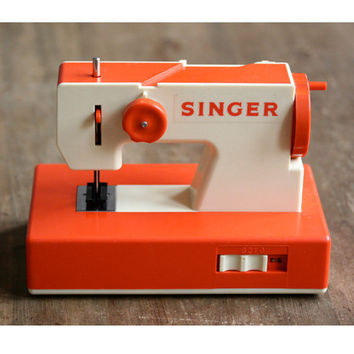Sewing machine for Kids by SINGER