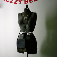 Distressed Leather Purse by JezzyBelles on Etsy