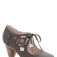 Chelsea Crew Vintage Inspired Strutting Your Stuff Heel in Graphite