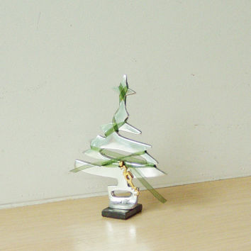 Small Christmas tree sculpture, minimal Christmas tree miniature of aluminum and brass with ribbon and 2013 charm