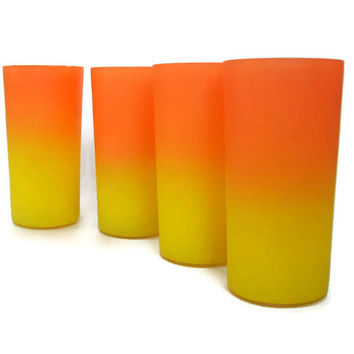 Mid Century Vintage Frosted Ombre Drinking Glasses Tumblers Yellow and Orange Set of 4