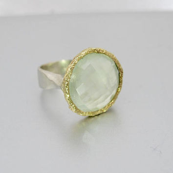 Peridot Gemstone Ring. Sterling Silver 14K Peridot Solitaire. Modernist Hammered Gold Halo Stacking Ring. Solitaire Ring.