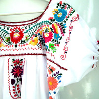 Mexican dress, White embroidered dress, Exotic summer dress,Flower Peasant dress,Frida Kahlo dress ,  mexican embroidered Boho hipster dress