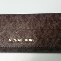 Michael-Kors-Jet-Set-travel-Carryall-Signature-PVC-Clutch-wallet Merlot NWT