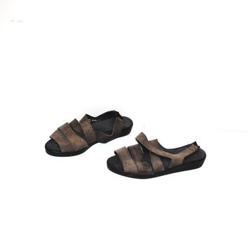 strappy brown leather sandals 90s minimalist elastic strap fisherman sandals size 7