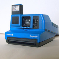 1988 VINTAGE BLUEBERRY BLISS Polaroid Camera