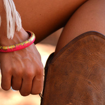 Hot pink & gold skinny wooden bangle
