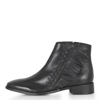 KIT Flat Fringe Leather Boots - Black