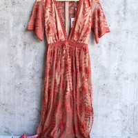 honey punch - as you wish embroidered lace maxi dress with contrasting detailing (women) - tan