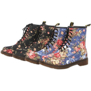 Autumn Spring Rubber Flat Martin Boots Women Vintage Lace Up Floral Prints Shoes Motorcycle Boots BS88