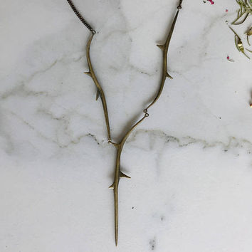 Triple Thorn Necklace, Thorn Necklace, Brass Thorns,  Y Necklace, Statement Necklace, Layering Necklace, Thorn Jewelry, Witch Jewelry